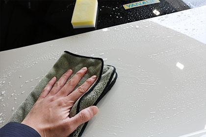 メンテナンスクリーナー拭き取り作業