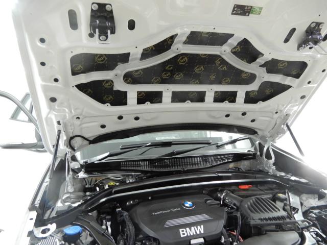 BMW エンジンルームデッドニング