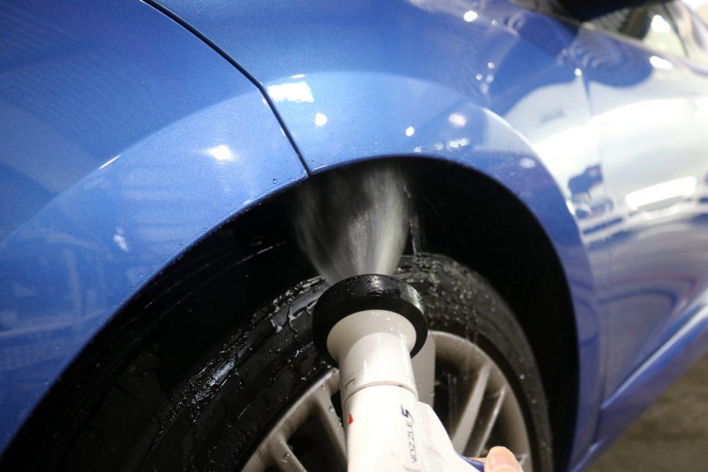 ガラスコーティング 車両水洗い 洗車画像